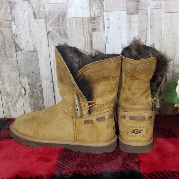 fc76c356f0d UGG Womens Chestnut Meadow Boots